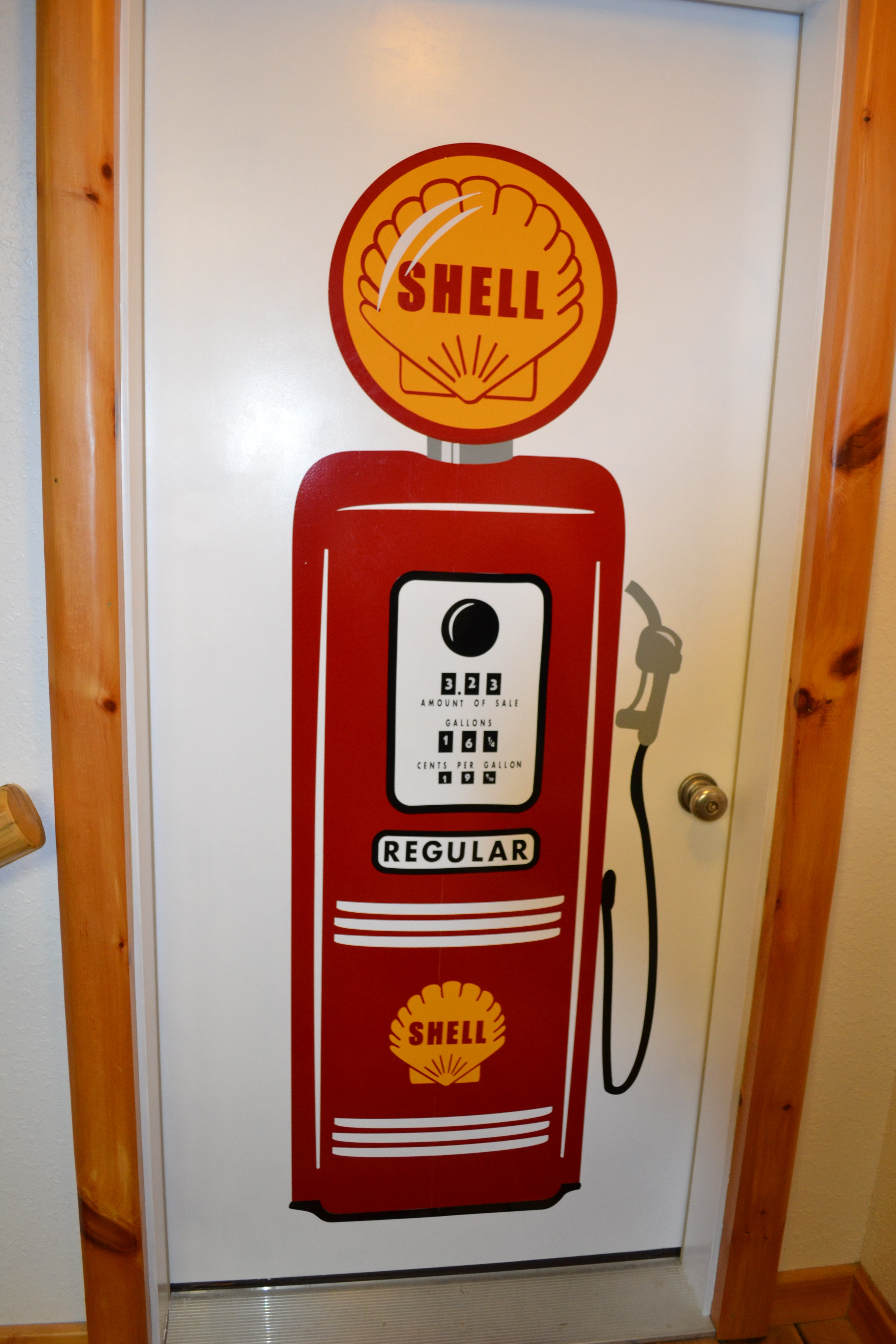 Vintage Gas Pump Vinyl Decal - Eye Draw It